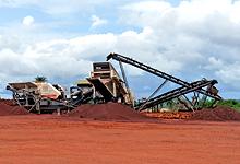 时产200-300吨的花岗岩制砂